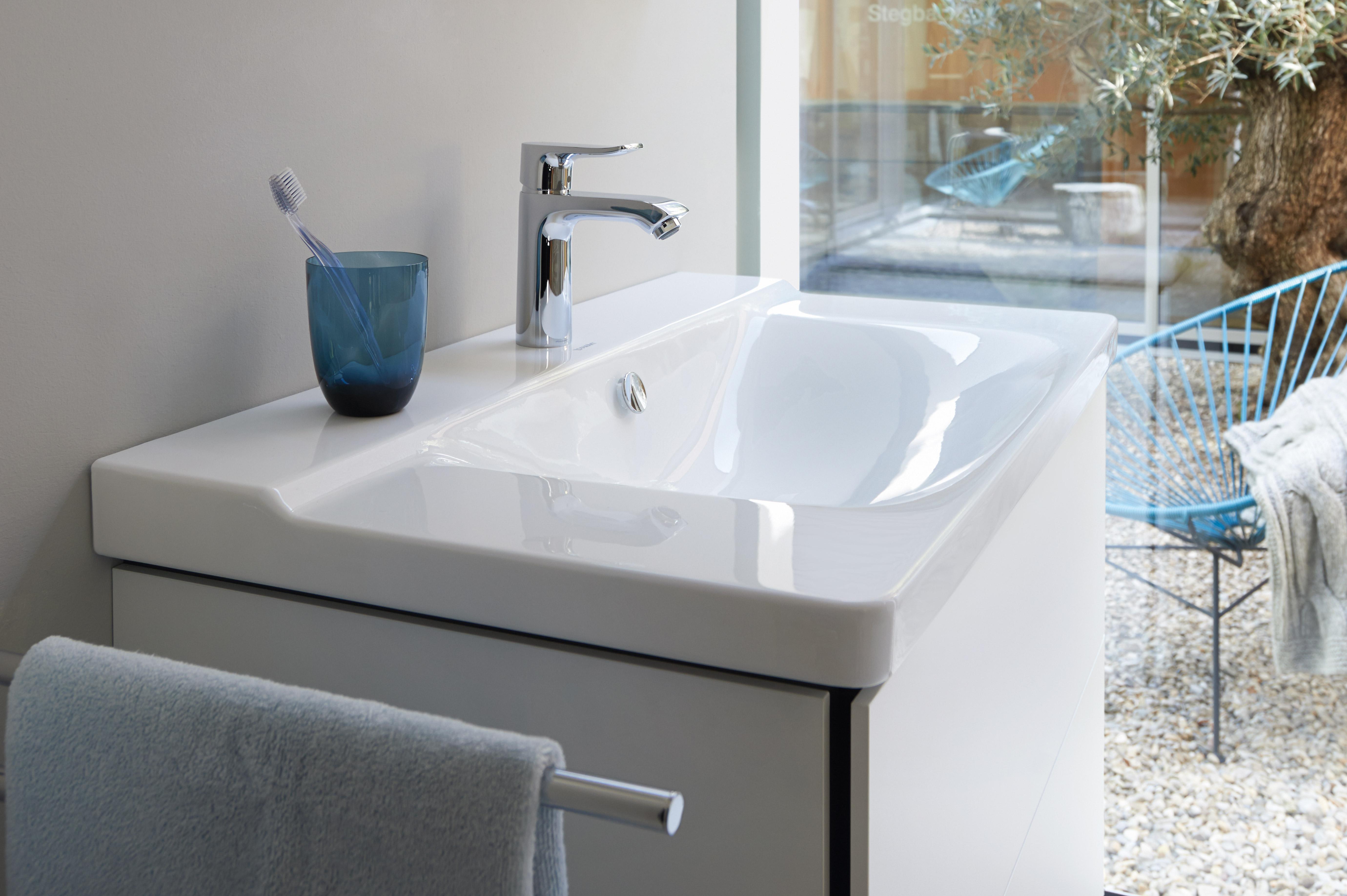 Modern bathroom sink cabinets vanities duravit - Duravit bathroom furniture uk ...